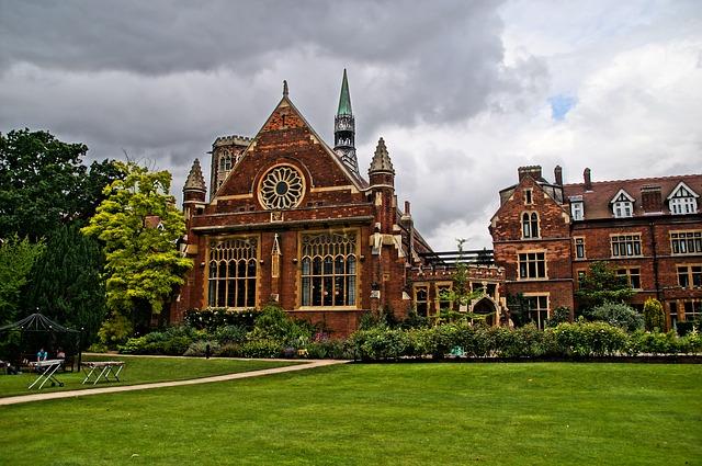 大学の授業料無償化について